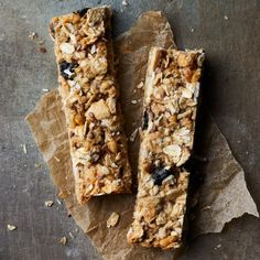 The Only Formula You Need to Make the Best Healthy Homemade Granola Bars - EatingWell Best Granola Bars, Healthy Granola Bars, Homemade Granola Bars, Healthy Snacks, Healthy Recipes, Diet Snacks, Healthy Dinners, Healthy Eating, Cooking