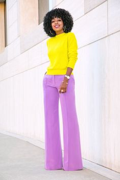 How tо Wear Clothes thаt Flatter Yоu Color Combinations For Clothes, Color Blocking Outfits, Diva Fashion, Fashion Looks, Fashion Outfits, Yellow Clothes, Style Pantry, Street Style, Black Women Fashion