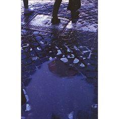 Away  . . . #analogphotography #filmphotography #yashica #yashicafx3 #50mm #analogcamera #vintagecamera #analogue #kodak #kodakcolorplus #sharefilm #theanalogueproject #thefilmcommunity #analoguepeople #rome #rain #back2thebase #urban #filmcamera #cityscape #artofvisuals #peoplescreative