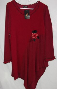 Lee Andersen Love Red Tunic L Knit Shirt Top Flower Bling Black Accents NWT