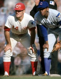 Ernie Banks and Pete Rose on first base.