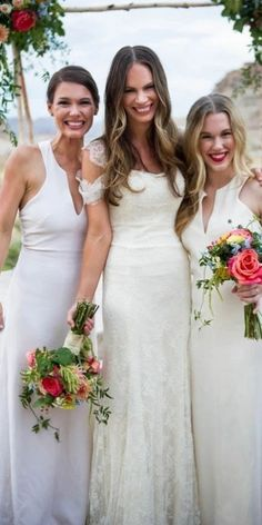 Beautiful White V-neck Sleeveless Bridesmaid Dress WGY0435#bridesmaids #bridesmaiddress #bridesmaiddresses #dressesformaidofhonor #weddingparty #2020bridesmaiddresses