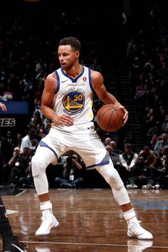 Stephen Curry of the Golden State Warriors handles the ball against the Brooklyn Nets on November 19 2017 at Barclays Center in Brooklyn New York. Stephen Curry Family, Nba Stephen Curry, Stephen Curry Basketball, Mvp Basketball, Stefan Curry, Steph Curry Wallpapers, Golden State Warriors Wallpaper, Wardell Stephen Curry, Best Nba Players