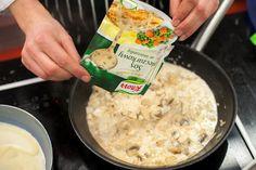 Naleśniki z kurczakiem i pieczarkami przepis – Zobacz na przepisy.pl Grains, Rice, Food, Essen, Meals, Seeds, Yemek, Laughter, Jim Rice