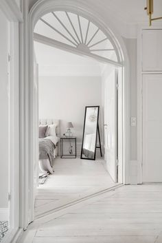This is a Bedroom Interior Design Ideas. House is a private bedroom and is usually hidden from our guests. However, it is important to her, not only for comfort but also style. Home Interior, Interior And Exterior, Classic Interior, Minimalist Interior, Modern Minimalist, Room Inspiration, Interior Inspiration, Home Bedroom, Bedroom Decor