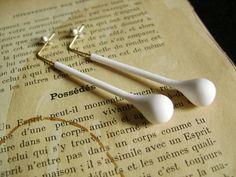 Les Folles Marquises: Boucles d'oreilles les Possédés - Earrings Les Possédés