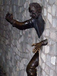 Outdoor Sculpture by shmessa