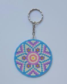 con A de artesanía: Llavero mandala Hama Beads