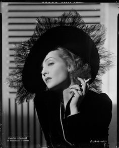 Carole Lombard. That hat's too divine... - More at http://cine-mania.it