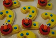 love this idea for elmo cookies....