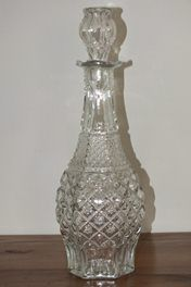 **FABULOUS DEPRESSION GLASS DECANTER**