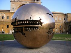 Globe at the Vatican / Arnaldo Pomodoro