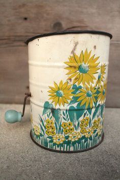 Flour Sifter- I need to find this to match my canisters and cake carrier :) !!