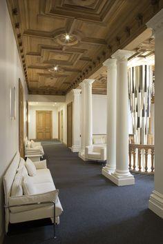 Hallway Decoration Architectured By Cléram. #style #design #bureau  #architecture #aménagement