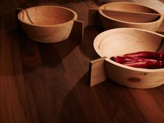 Soulbowl Nutty is more than just a bowl, it will make your table finally look whole. Serving Bowls, Modern, Make It Yourself, Tableware, Design, Furniture, Craft Business, Minimalism, Dekoration