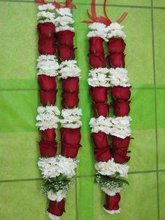 Varmalas for Indian weddings Lehrer's does beautiful ones! Wedding Reception Outfit, Goa Wedding, Desi Wedding Decor, Wedding Decorations, Festival Decorations, Flower Garland Wedding, Flower Garlands, Wedding Flowers, Wedding Garlands