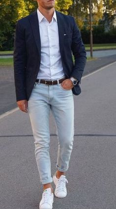 Casual Wedding Outfit Mens, Mens Casual Suits, Smart Casual Menswear, Mens Fashion Suits, British Mens Fashion, Wedding Outfits For Men, Classy Mens Fashion, Vintage Fashion, Summer Outfits Men