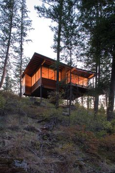 Cabin on Flathead Lake Cabin on Flathead Lake Located: Polson, Montana Architect: Andersson Wise Architects