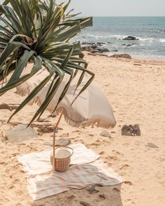 Your dream beach setup awaits! 📸 with our beach umbrella, pool towels and picnic basket (currently sold out) Beach Aesthetic, Summer Aesthetic, The Beach People, We The People, Beach Umbrella, Pool Towels, Beach Shack, Beach Picnic, Summer Dream