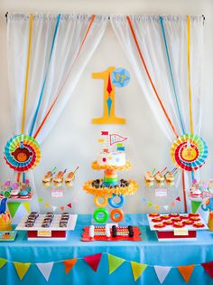 Bright & Colorful Big Top Birthday {Circus Animals} // Hostess with the Mostess® - Geburtstag Circus First Birthday, First Birthday Party Themes, Baby Birthday, Birthday Party Invitations, Birthday Party Desserts, Carnival Birthday Parties, Simple Birthday Decorations, Circus Carnival Party, Circus Theme