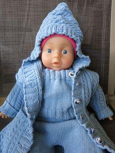 Babyanzug aus hellblauer reiner Baumwolle für 6 Monate