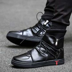 2017 New Brand British Style PU Leather Boots Fashion Zipper Casual Lace Up Man Casual Ankle Booties Chaussure Homme Mens Fashion Shoes, Fashion Boots, New Fashion, Men's Shoes, Shoe Boots, Korean Shoes, High Top Boots, British Style, Leather Boots