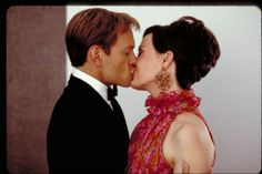 David Hyde Pierce and Sarah Paulson in Down With Love Niles Crane, Down With Love, Tv Couples, Scrambled Eggs, Tossed, Hyde, Cheers, David, Actors