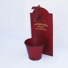 Cachepot com Torneira Vermelha :: Loja Dom Mascate