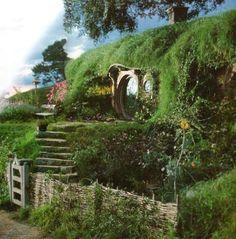 Hobbit-like bermed home