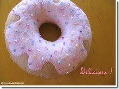 Free Felt Donut Pattern and Tutorial