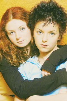 Katina Yulia Volkova, Lena Katina, Lesbians, Darts, Cool Bands, Tv Shows, Films, Barbie, Wallpaper