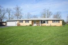 real estate photo 1 for 5505 Garrett Dr Miami Twp. (East), OH 45150 asking 159900 reduced to 149900