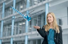 """Robot """"BionicOpter"""" that can be manipulated in a smartphone to fly freely in a huge dragonfly type"""