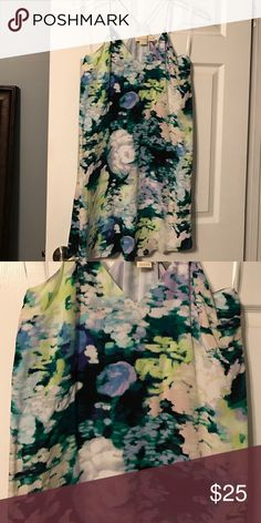 Floral Cynthia Rowley Dress This dress is flowy and short! Perfect for summer, spring or an upcoming vacation! Size 6 and only worn once! Cynthia Rowley Dresses Mini