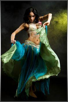 Reminds me of a flamenco dancer.
