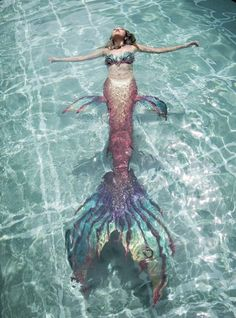 Plan A Mermaid Party Free - The little thins - Event planning, Personal celebration, Hosting occasions Mermaid Artwork, Mermaid Pictures, Mermaid Drawings, Mermaid Tattoos, Disney Drawings, Mermaid Paintings, Drawing Disney, Mermaid Swim Tail, Mermaid Cove