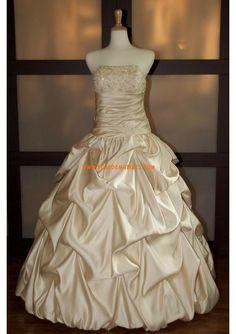 Robe de mariée princesse sans traine en satin cristal