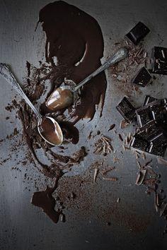 Pratos e Travessas: Bolo de chocolate # Chocolate cake * Recipes, photography and stories
