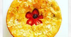 Gâteau rhubarbe, pommes, fraises, amande dessert fruité printemps fruits de saison