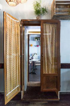 La Mangerie, Tapas Restaurant in Paris Restaurants In Paris, Tapas Restaurant, Home Design, Interior Design, Interior Decorating, Decorating Ideas, Hidden Spaces, Hidden Rooms In Houses, Saloon