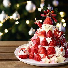 : Merry Christmas : はい。皆さんとは全く違う出来栄えのケーキをお披露目でございます… : セカチュウのように誰か…センスをくださーい‼️と叫びたい気分 : パルシステムのカタログに載っていてこれならできるんじゃ…とおもったら大間違いでした個人的に靴下のチョコがお気に入り❤️オイシックスからパルにまた変えました : クリスマスはフィードが賑やかで笑顔になれるね❣