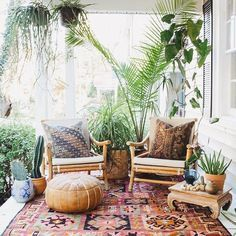 In this beautiful bohemian outdoor sanctuary, exotic textiles and lush greenery bring a dose of California cool regardless of location. | Designer: Carley Summers