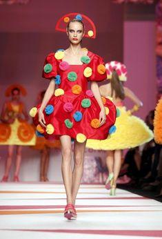 Milan Fashion Week - AGATHA RUIZ DE LA PRADA Catwalk #fashion #crazy #funky…