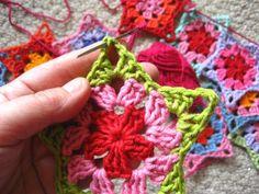 Love the idea of crocheted advent garland.  Wonderful Tutorial.