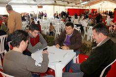 La Crónica del Alto Guadalquivir: El Mercado Navideño de Villafranca, bajo la lona