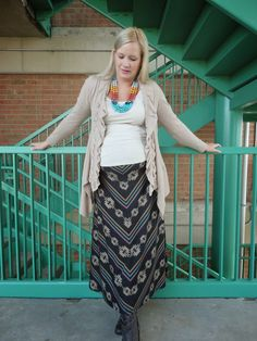 010237852cca0 The Peacock Fairy: $6 Necklace for the Win! #ootd #maternity #wiw.