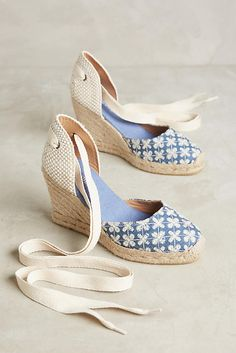Shop Espadrilles at Anthropologie today, featuring the season's newest arrivals as well as tried-and-true favorites. Buy Shoes, Me Too Shoes, Fashion Models, Fashion Shoes, Winter Stil, Fall Winter, Shoe Wardrobe, Anthropologie Shoes, Pretty Shoes