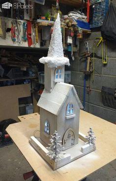 10 Pallet Holiday Decor Ideas You Created! Pallet ideas for DIY - Home Décor