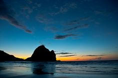 blue hour Piha, New Zealand Wonderful Places, Beautiful Places, Spiritual Values, Dawn And Dusk, Brand New Day, Magic Hour, Special Words, Sign Quotes, Motivational Sayings