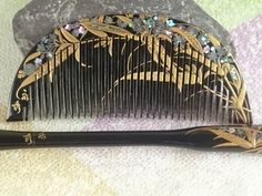"Vintage Lacquering Hair comb ""Kushi"" and ""Kogai"" signature  ""永秀""/   Geisha hair combo  /Japanese vintage / Japonism  / Japón by JapaVintage on Etsy"